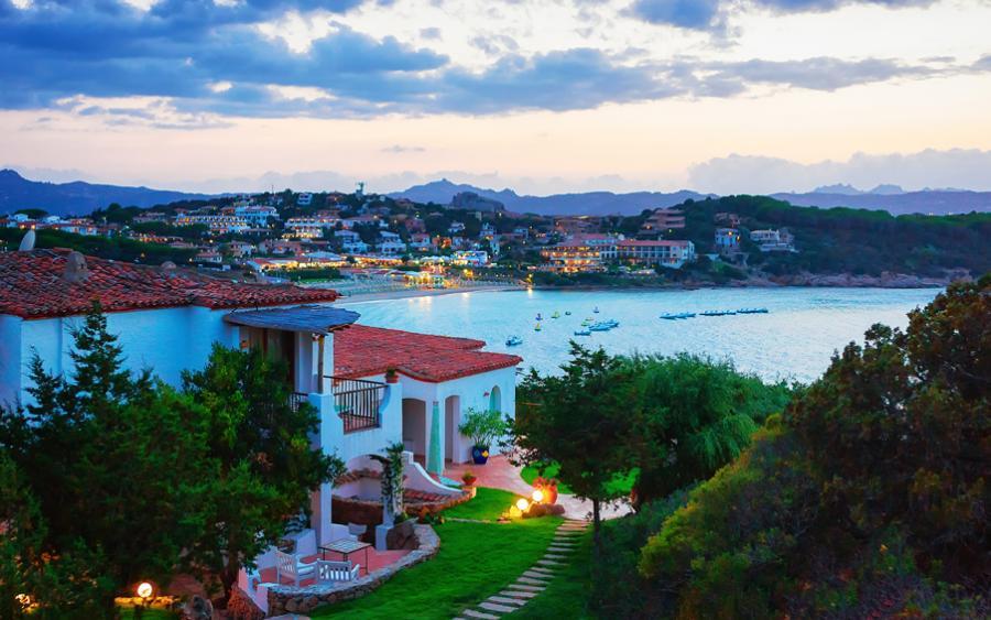 Байя Сардинія